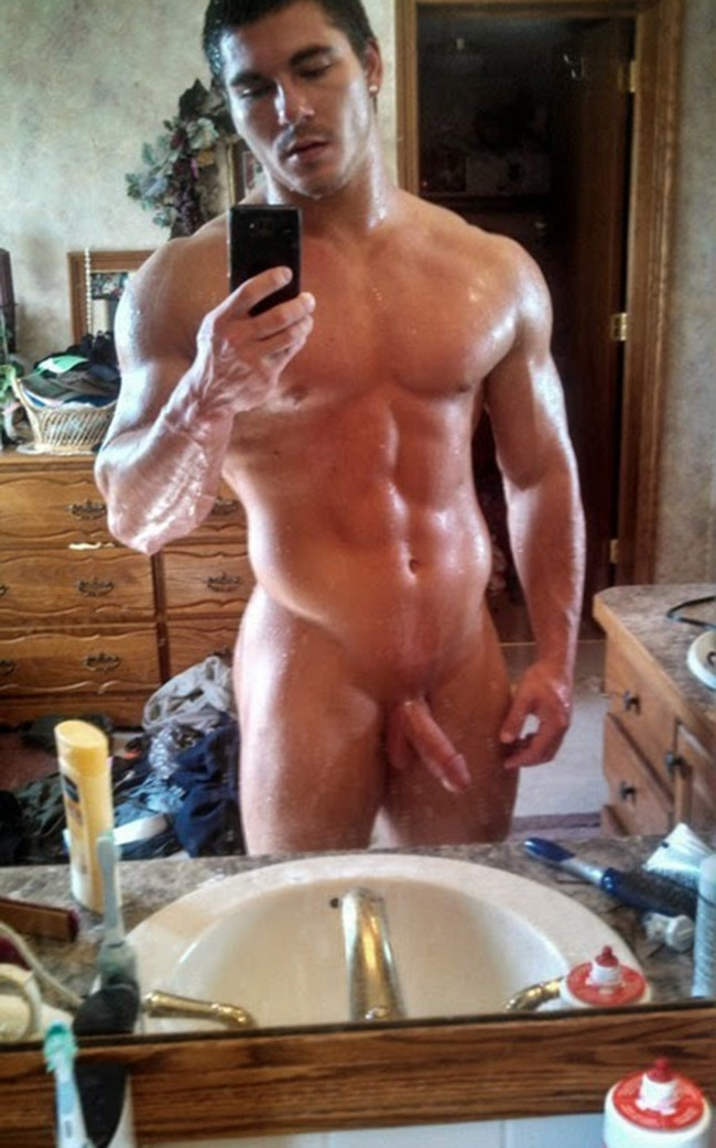Nude Stud Taking Selfies